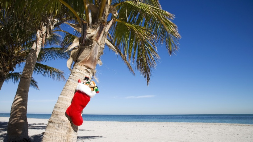 christmas-beach-by-travel-junkie-diary