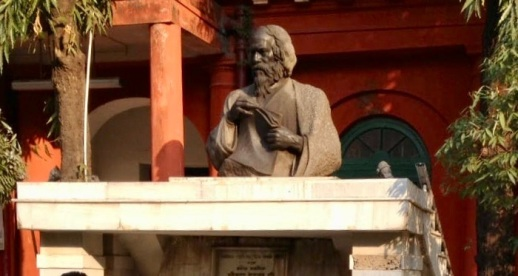 Tagore's bust at his ancestral home at Joransankho, Kolkata
