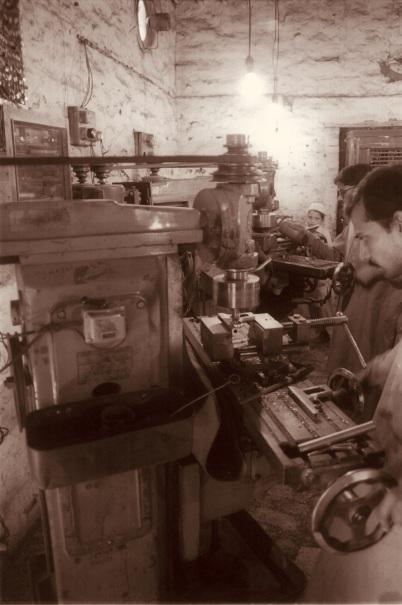 Gun workshop in Darra Adam Khel ... Wikimedia Commons